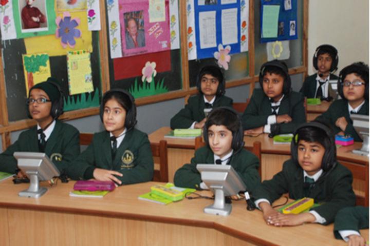Gurugram Public School-Language Lab
