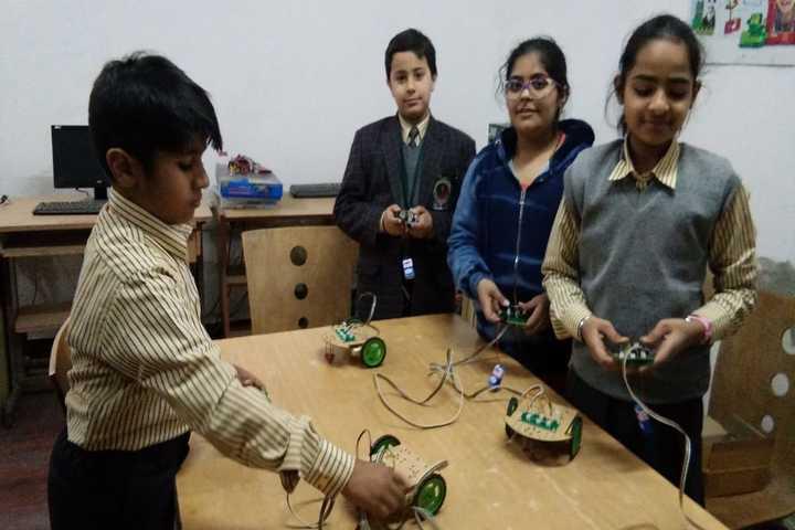Gurugram Public School-Robotics