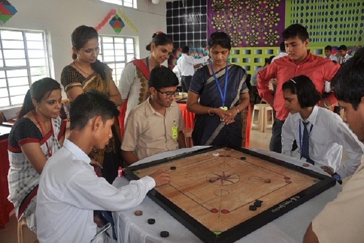 H D Public School-Carrom
