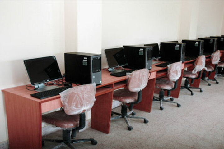 H R Green Field High School-Computer Lab
