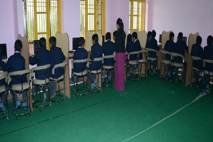 H D Public School-Computer Lab