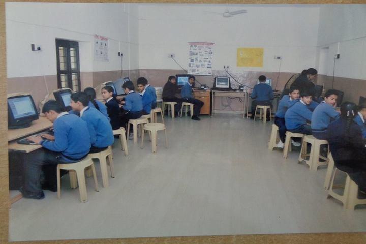 Hari Singh Public School-Computer Lab