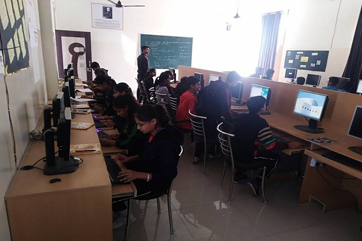 Harsh International School-Computer Lab