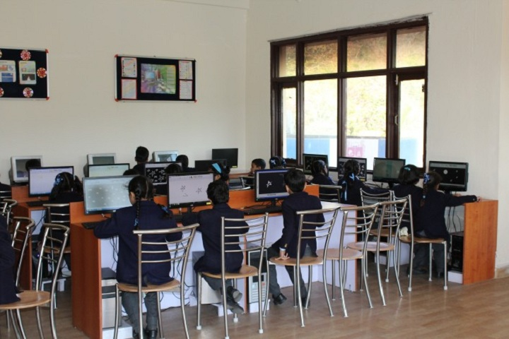 Holy Child School-Computer Lab