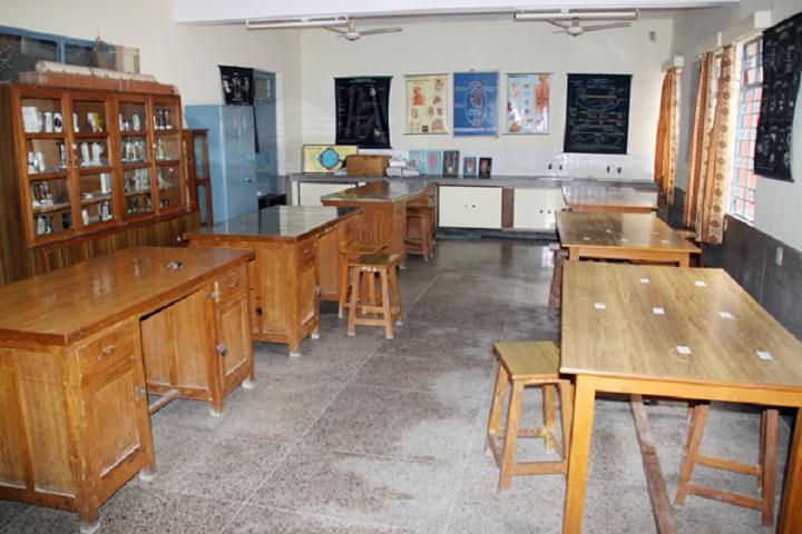 Holy Child Sec School-Lab