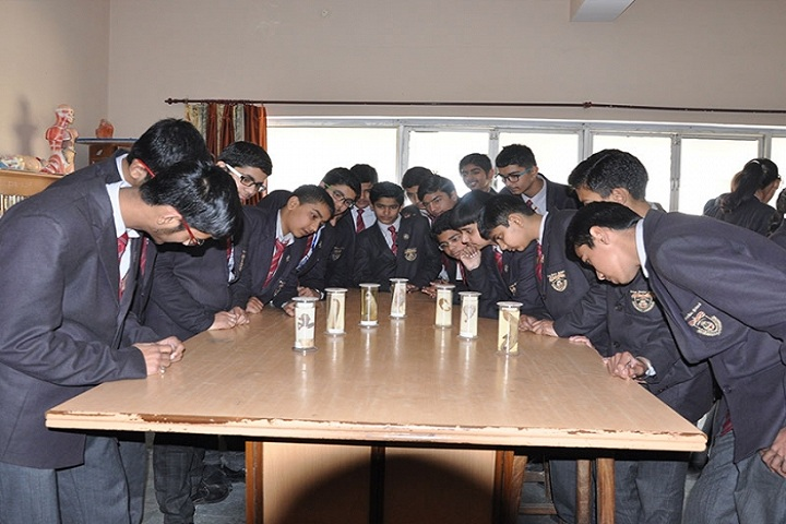 Indus Public School-Biology Lab