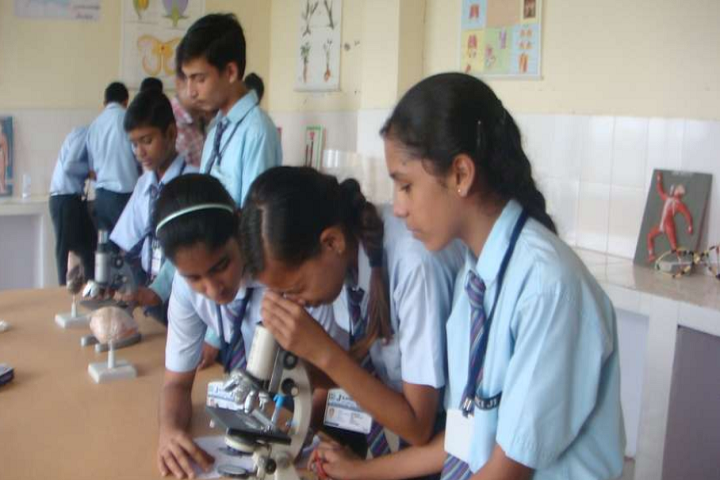 Jankiji Global Public School-Lab