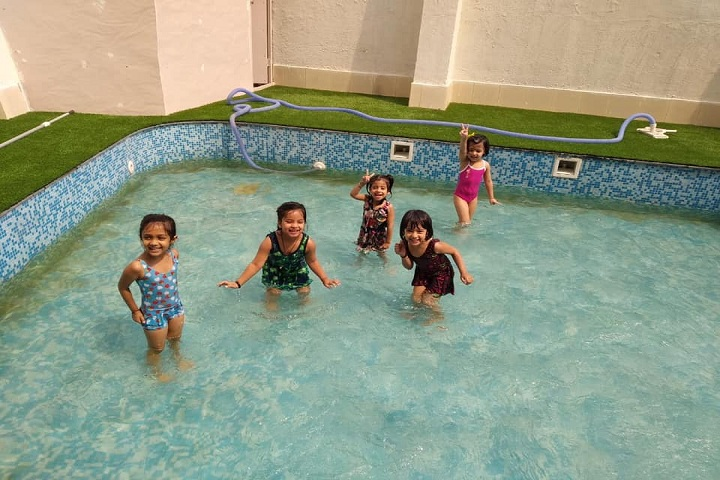 K R Mangalam World School-Splash Pool