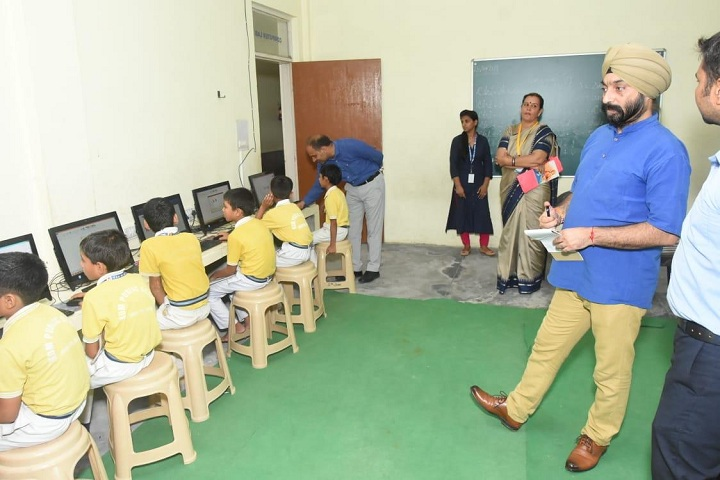 Kastoori Devi Memorial Public School-Computer lab