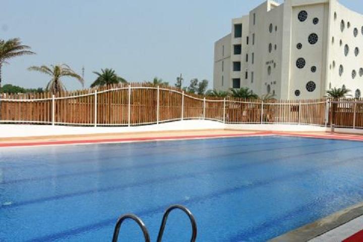 Kunskapsskolan-Swimming-Pool