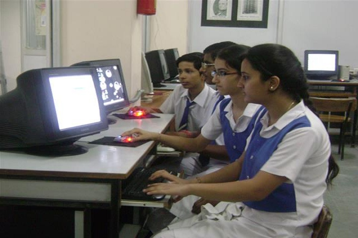 Lbs Senior Secondary School-ITLab
