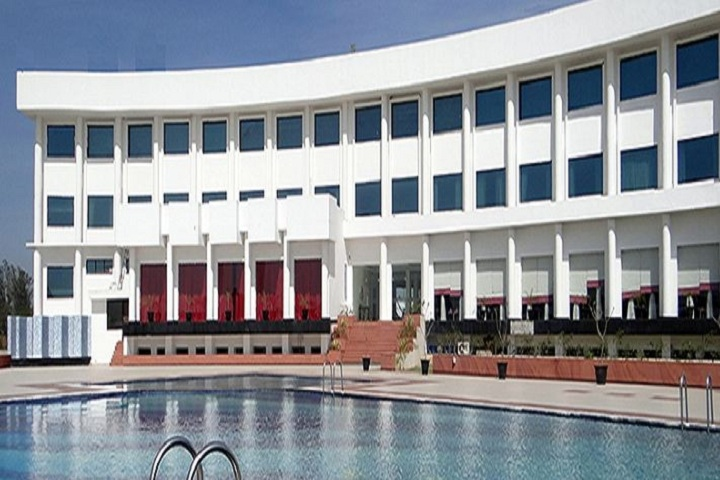 Maharishi Markandeshwar International School-Swimming Pool
