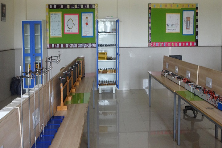 Maharishi Markandeshwar International School-ChemistryLab