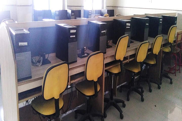 Maharishi Markandeshwar International School-ComputerLab