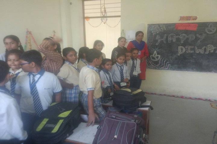 Maharaja Aggarsain Senior Secondary Public School-Class