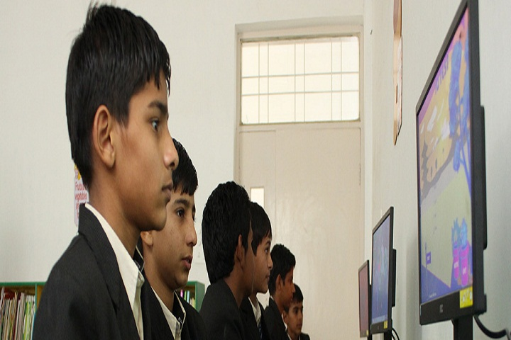 Maharani Lakshmi Bai Trilok Chand School-Computer Lab