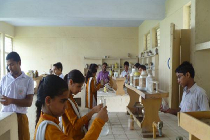 Maharishi Vidya Mandir Senior Secondary School-Chemistry Lab