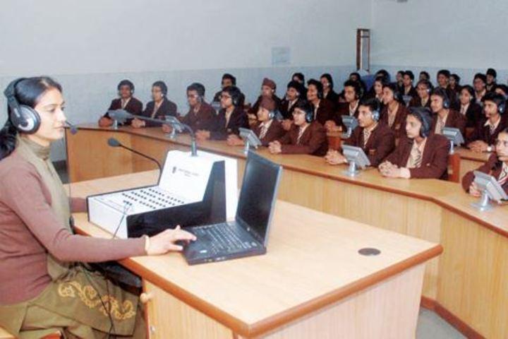 Manav Mangal School-Language Class