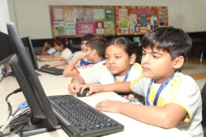 Manav Rachana International School-Computer Lab
