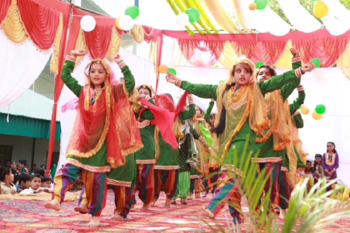 Manohar Lal Saraf Dav Public School-Events function