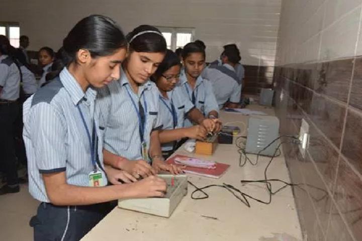 Modern BP Public School-Physics Lab