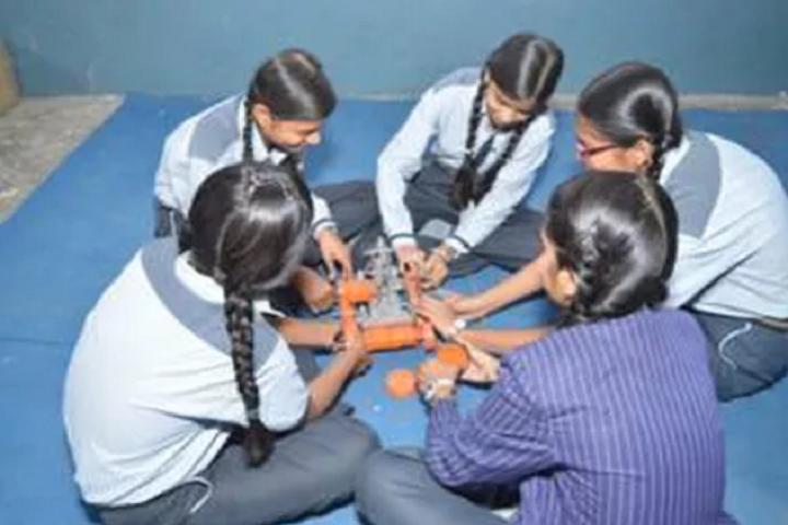 Modern BP Public School-Robotic Lab