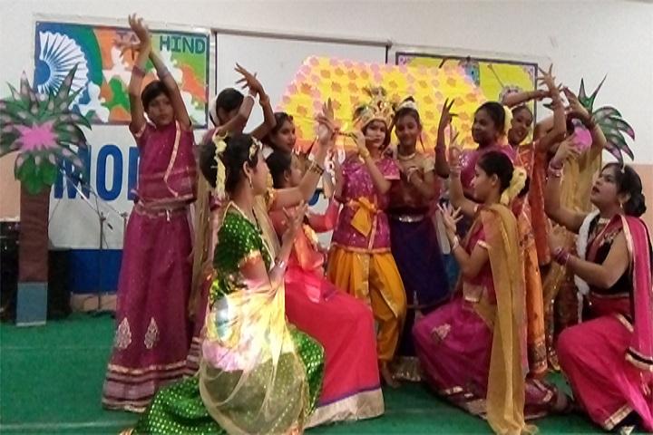 Modern Vidya Niketan School-Dance2