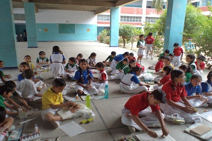 Moti Ram Arya Modern Public School-Art and Craft