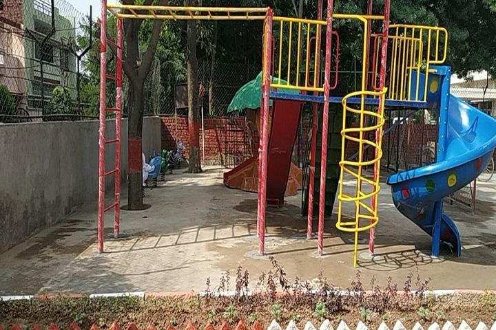 Moti Ram Arya Modern Public School-Play Area
