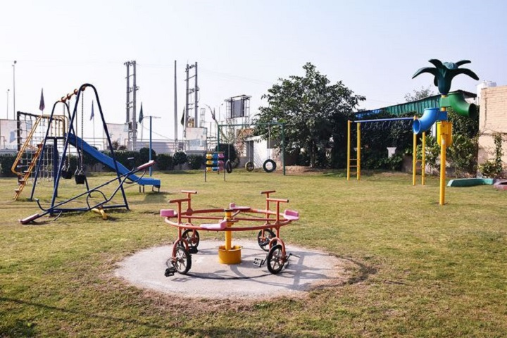 Mount Litera Zee School-Play Ground