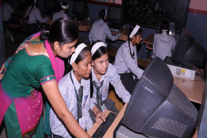 Navodya Vidya Niketan Senior Secondary School-Computer Lab