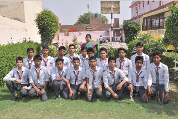 Navodya Vidya Niketan Senior Secondary School-Group Photo