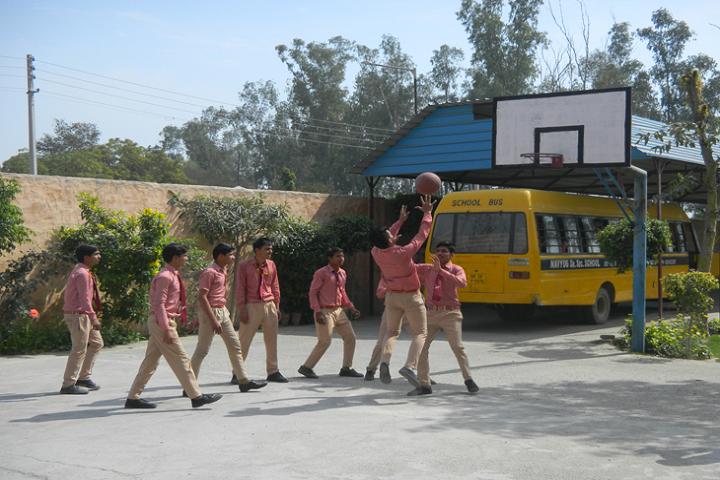 Navyug Senior Secondary School-Badminton