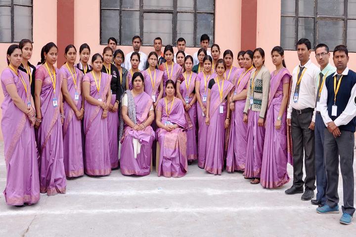 Navyug Senior Secondary School-Group Photo