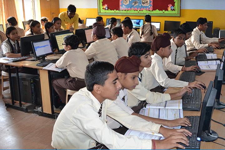 New Happy Public School-Computer Lab