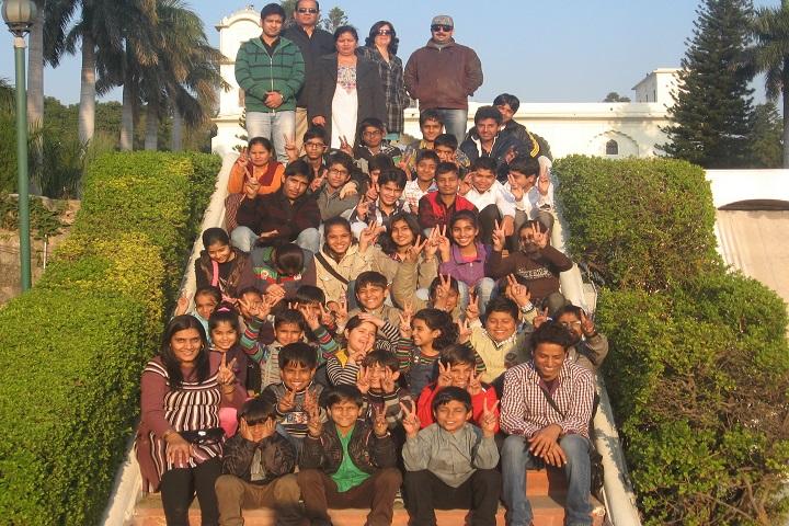 Pioneer Convent School-Trip