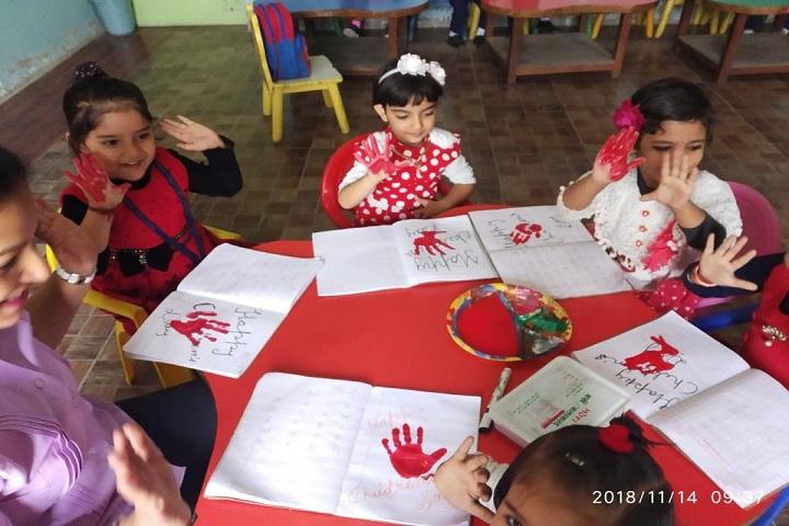Pratap Public School-Arts Class