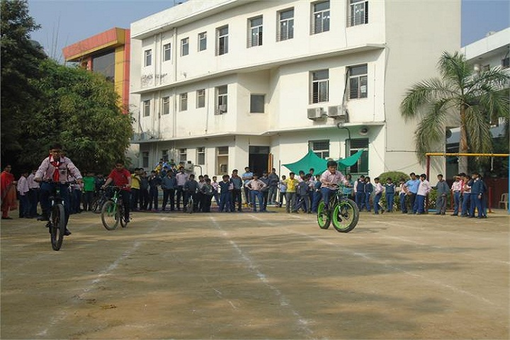 Rabindranath World School-Cycle Race