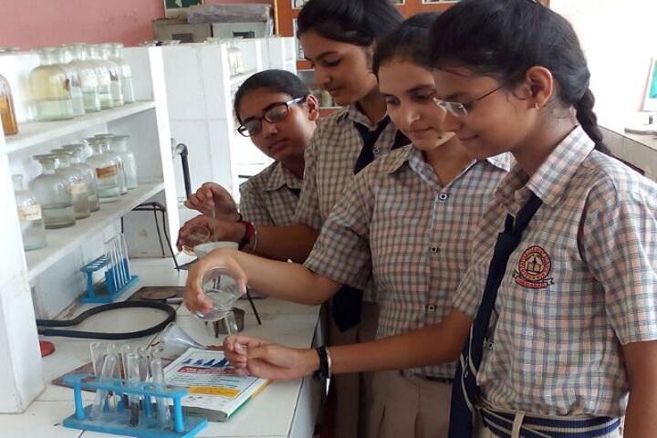 Rattan Convent School-Chemistry Lab