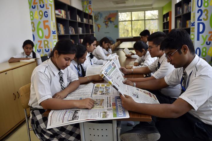 Raunaq Public School-Library