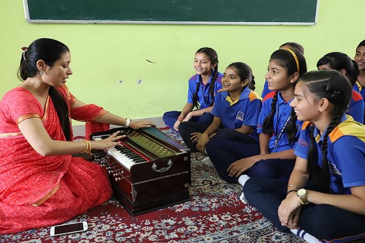 Rawal Bal Shiksha Kendra-Music Club