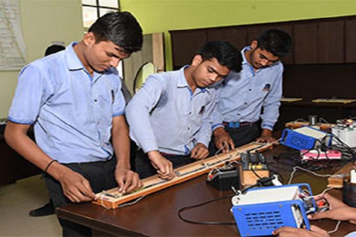 Rawal Bal Shiksha Kendra-Physics lab