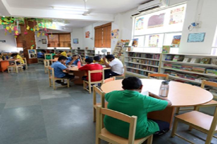Ridge Valley School-Library