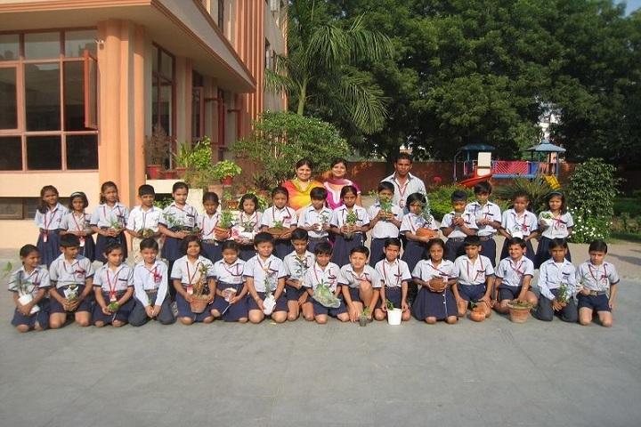 Rishi Public School-Tree Plantation