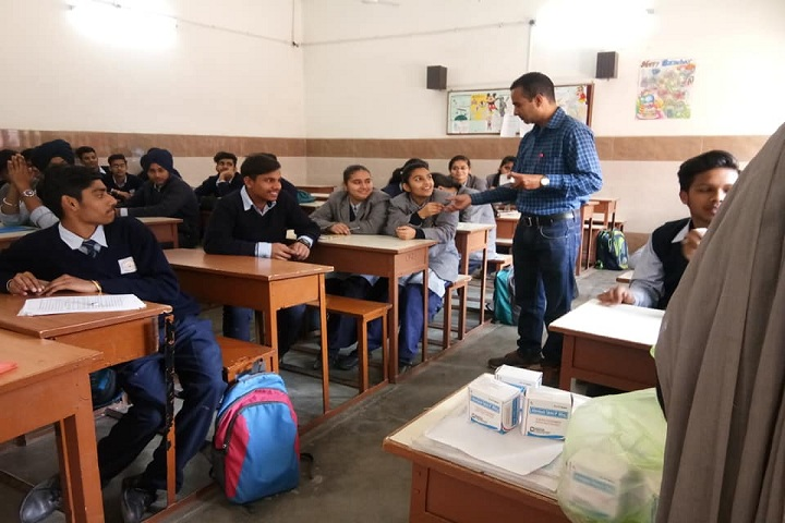 S A Jain Senior Model School-Classroom