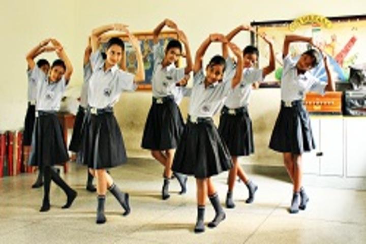 S D Adarsh Vidyalaya-Dance Room