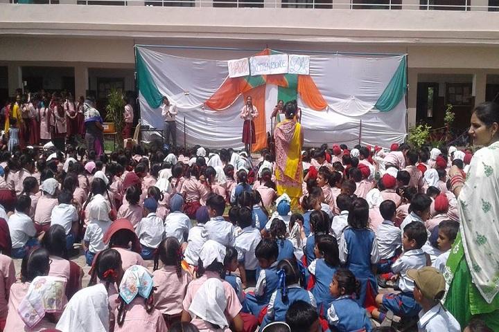 S Karam Singh Grewal Public School-Independence Day