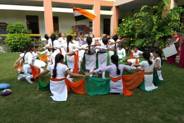 S B Model School-Independence Day