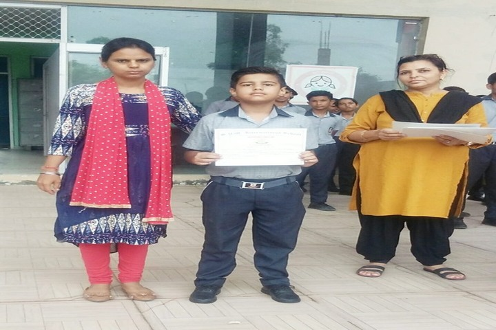 SVM International School-Prize Distribution