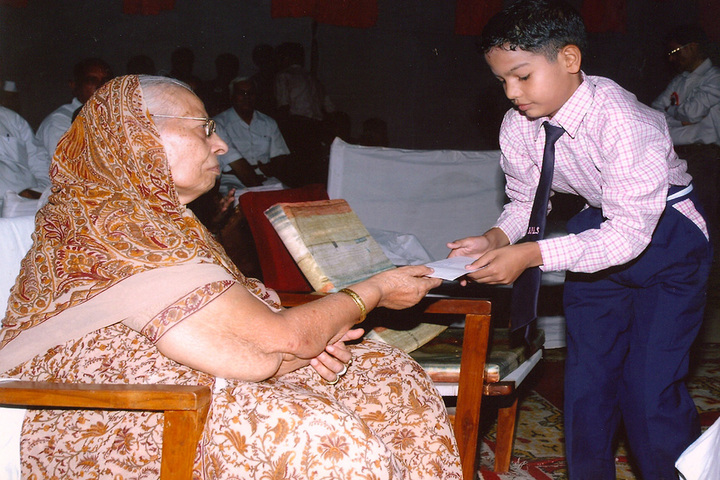 Saint Brij Mohan Lal Senior Secondary School-Prize Distribution